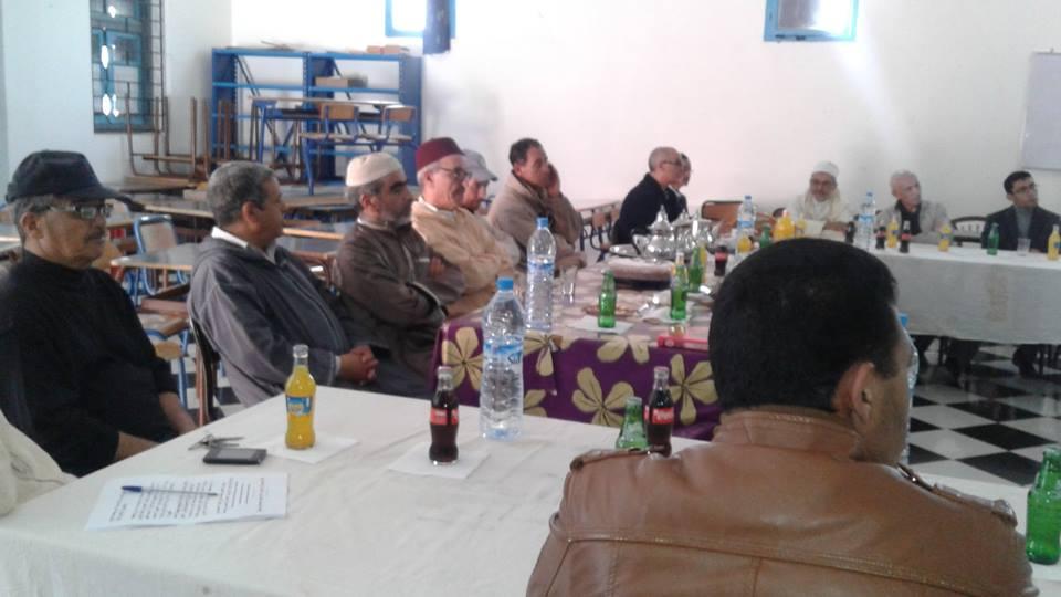أكلو: ثانوية سيدي وكاك تحتفي بالحاج عبد الله زكي بعد احالته على التقاعد