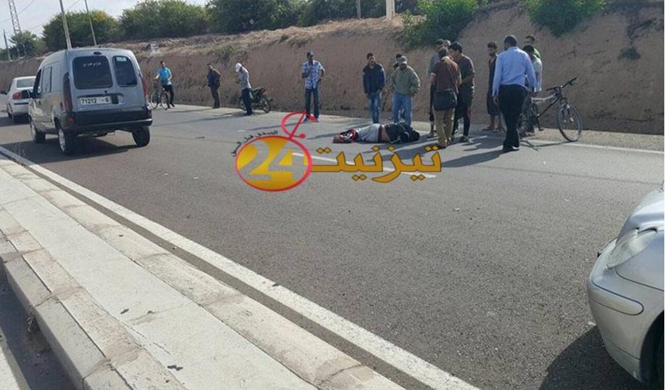 اصابة صاحب دراجة في حاذث سير خطير بين تيزنيت و اكادير