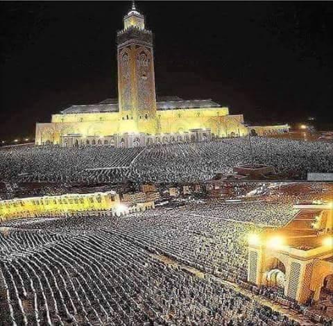 مسجد الحسن الثاني  امس الثلاثاء