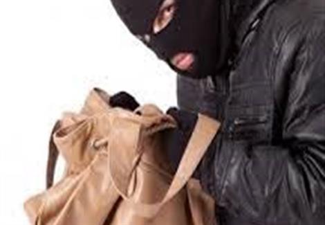 سيدي افني: مجهولان يعتديان على مسنة و يرسلانها للمستعجلات