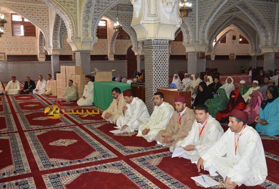 توزيع مؤنة رمضان على القييمين الدينيين بتيزنيت