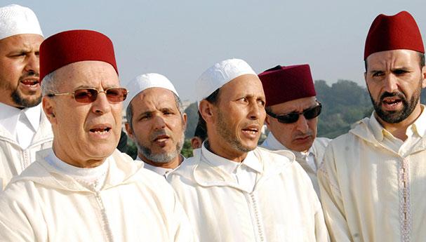 وزارة الأوقاف والشؤون الإسلامية تحذر الأئمة من الخوض في السياسة
