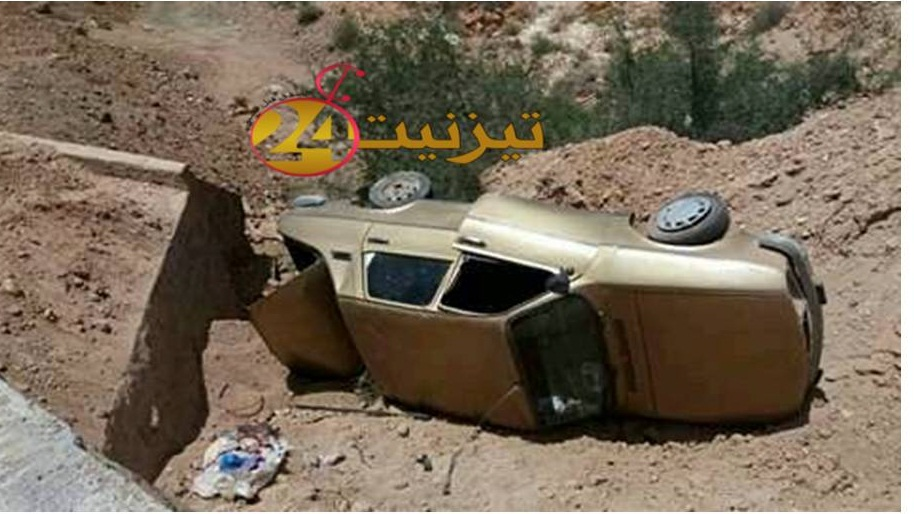 عضو بجماعة آيت عبدالله بسيدي إفني ينجو بعد انقلاب سيارته بين آيت اعزا وتيوغزة