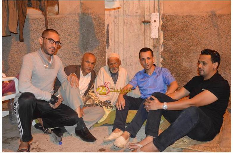 """روبورطاج بالفيديو : """" با عبد السلام """" بائع القصص الدي اصبح يعاني في ازقة تيزنيت"""