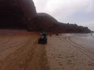 انهيار القوس الشهير لشاطئ الكزيرة بسيدي أيفني