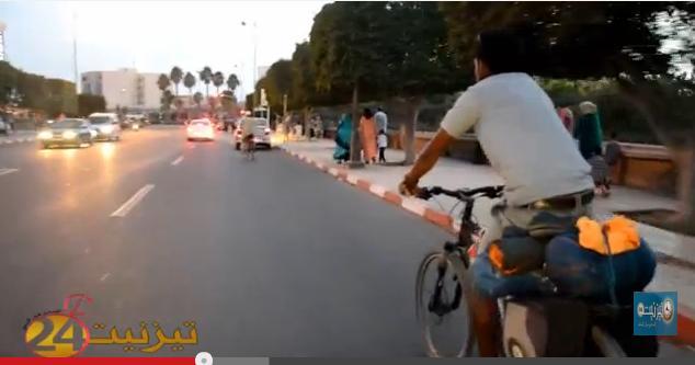 رحالة مغربي يصل تيزنيت بعد 45 يوما من انطلاقه من مدينة الراشدية+ فيديو